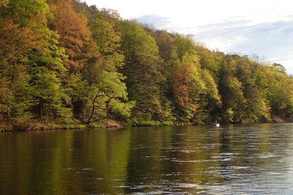 guided fly fishing tours on the delaware river for trout with filingo fly fishing (802)