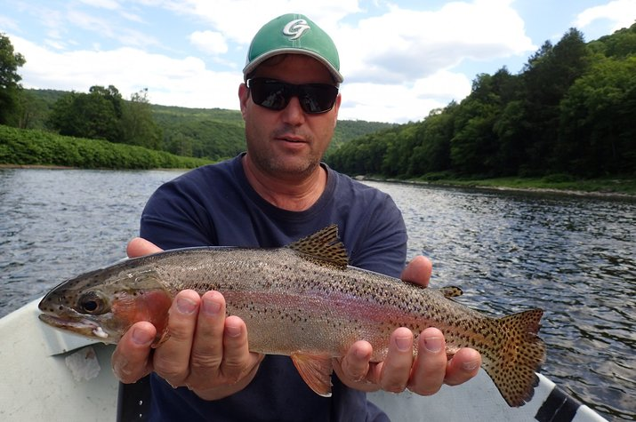 guided fly fishing new york delaware river and pennsylvania pocono mountains big trout