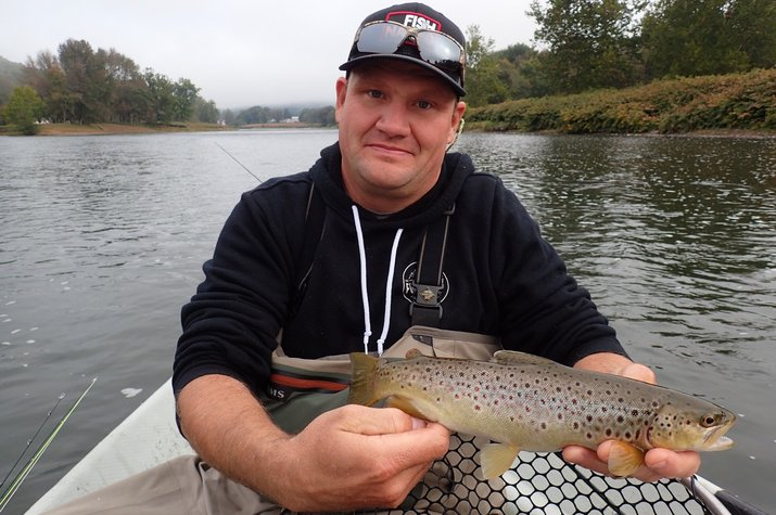 new york upper delaware river guided fly fishing for big trout filingo fly fishing