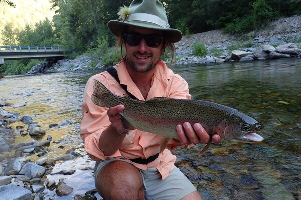 fly fishing in montana for wild rainbow trout with jesse filingo of filingo fly fishing (401)