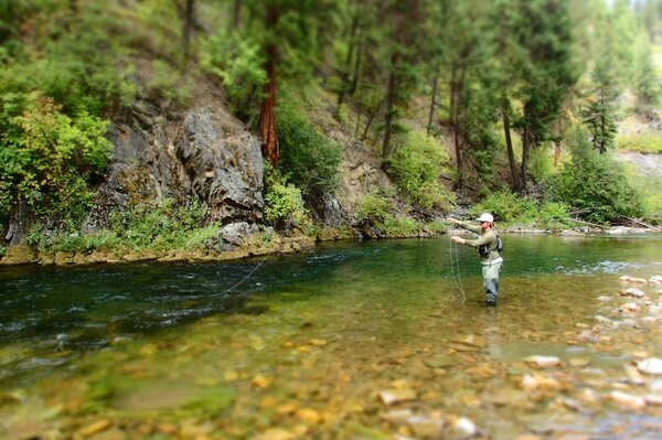 guided fly fishing tours in Montana with filingo fly fishing (930)