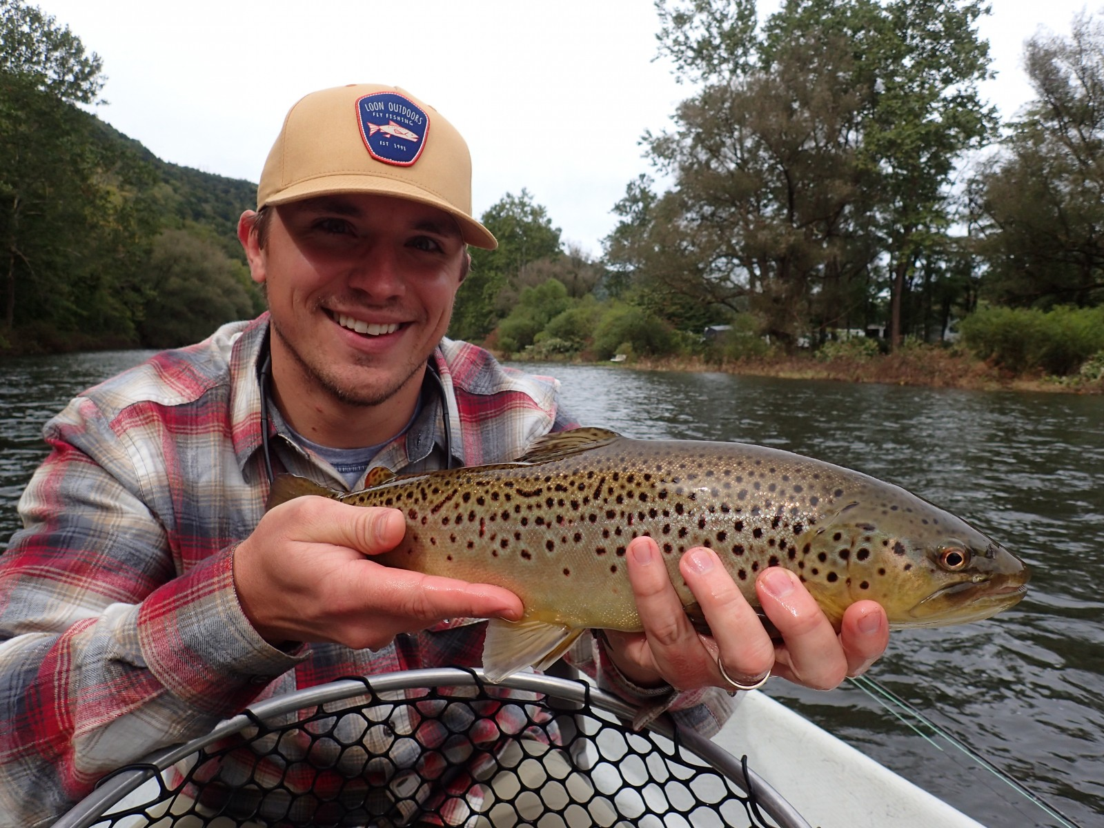 fly fishing the upper delaware river on a guided fly fishing float trip with filingo fly fishing for brown trout
