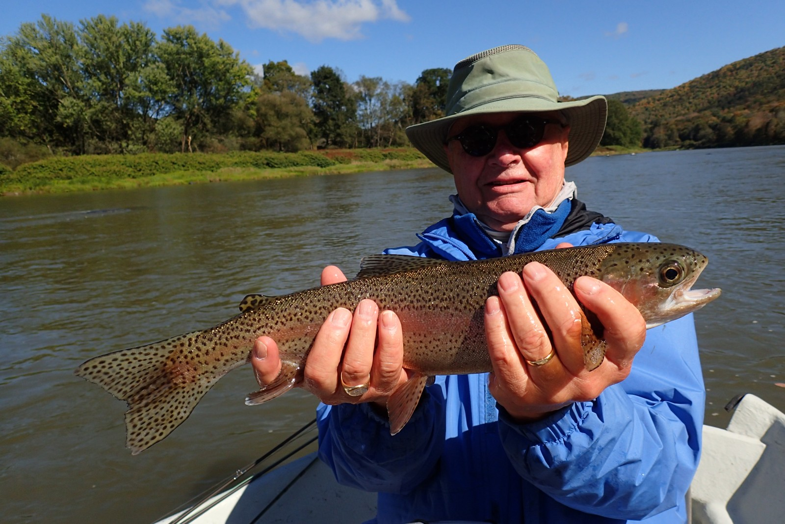 guided fly fishing trips on the delaware river for big trout with filingo fly fishing
